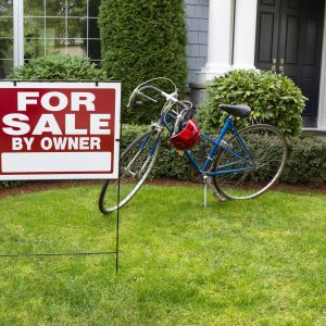 Pros & Cons of Selling Your Home on Your Own